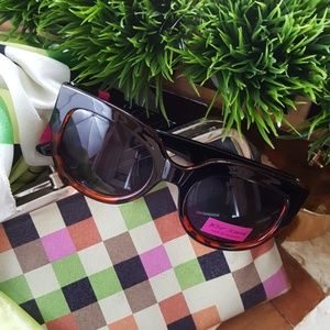 Betsey Johnson sunglasses black tortoise NWT
